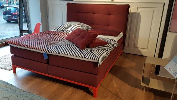 "Auping Boxspringbett ""Criade"" mit Kopfteil ""Cushion"" in coral red"